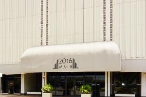 2016 Main Street, Houston, 77002